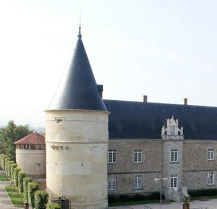 chateau de boutheon