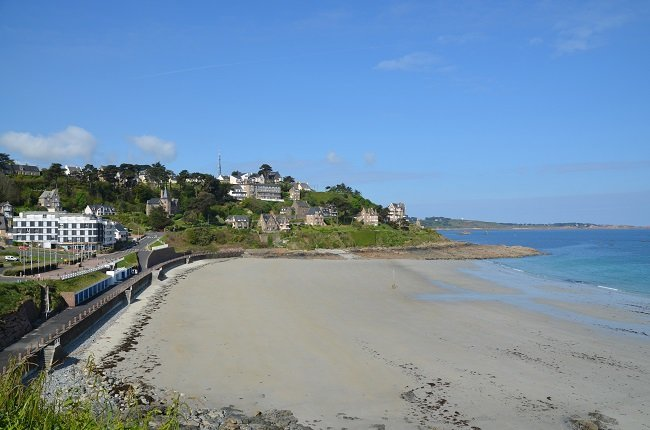 Littoral de la Bretagne : pas de station thermale