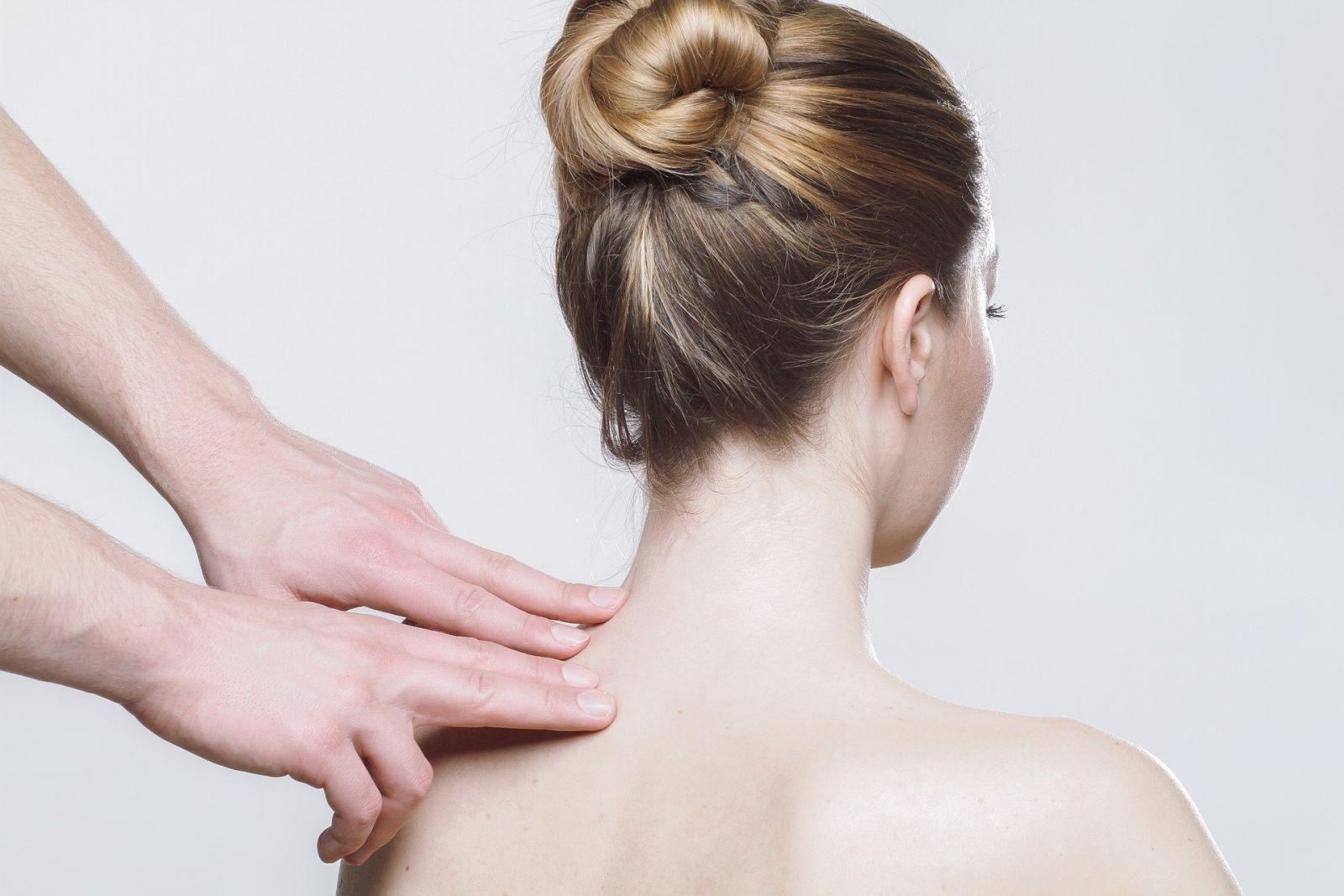 Massage aux cervicales