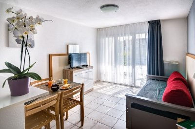 Logement pour curiste à Divonne-les-Bains photo 2 adv11071035