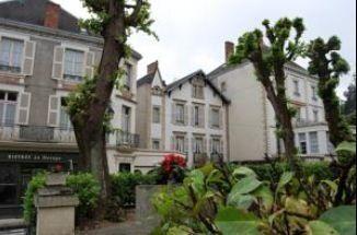 Logement pour curiste à Bourbon-l'Archambault photo 1 adv1307112
