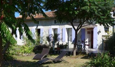 Logement pour curiste à Fontaines-d'Ozillac photo 0 adv19041267