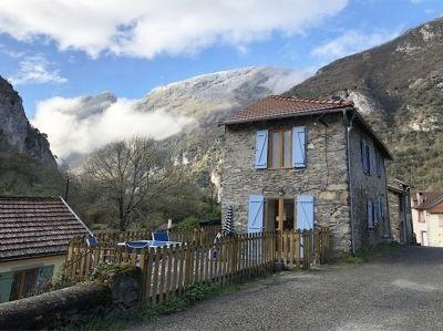 Logement pour curiste à Ornolac-Ussat-les-Bains photo 0 adv17051333