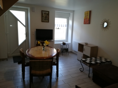 Photo Gîte meublé proche Bagnoles / 75m² / 2 à 6 p / cour close + parking